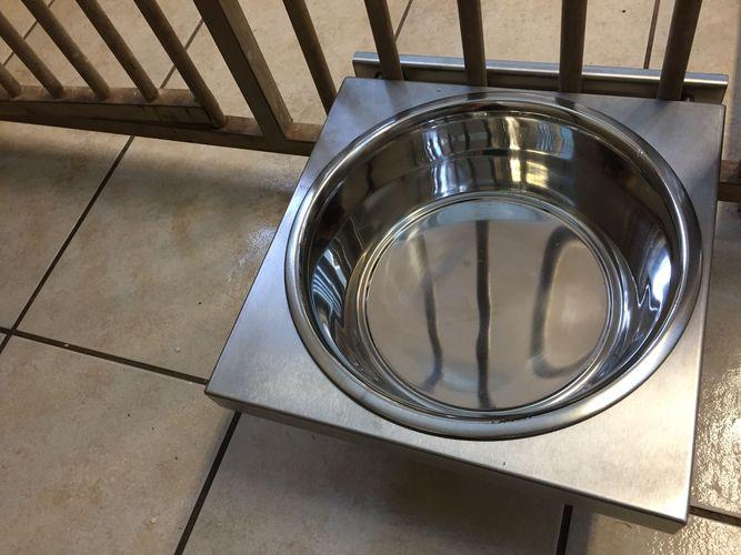 Kennel Dog Bowl Holder image #4